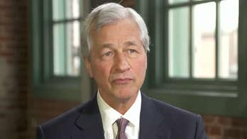 JPMorgan Chase CEO Jamie Dimon sees no signs of recession in the near term
