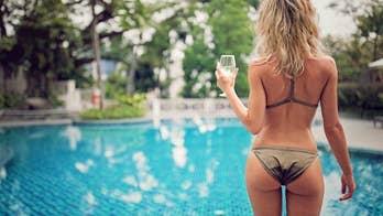Instagram butt model admits that trendy 'belfie' pose is hard work