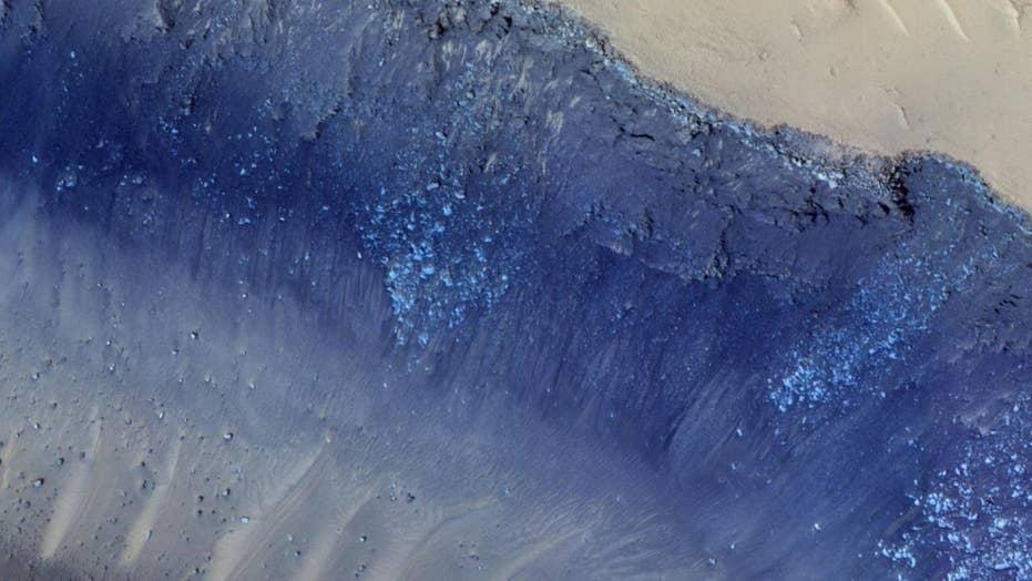 NASA captures Martian landslide in new photo