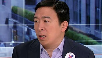 Andrew Yang says recession would 'be good' for his campaign