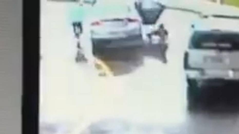 Little boy helps sister escape from moving vehicle during attempted carjacking