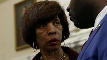 Baltimore mayor resigns amid FBI, state investigations into 'Healthy Holly' book