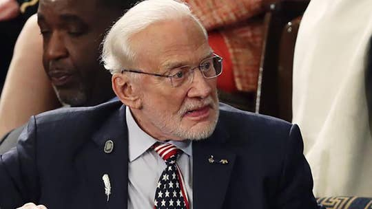 Buzz Aldrin says it's time for the US to go to Mars