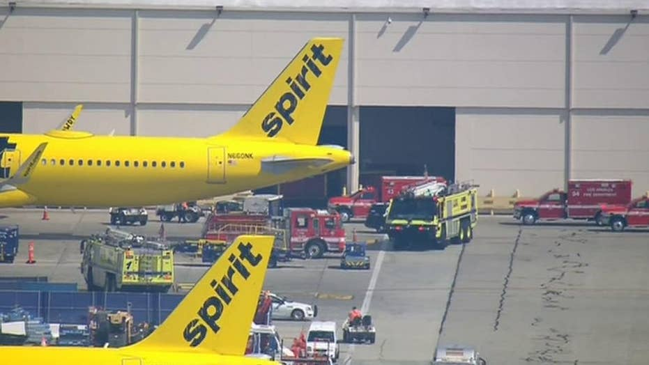 Raw video: First responders arrive at the scene of emergency landing at LAX