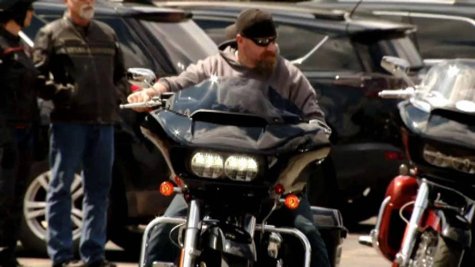 Hogs for Heroes gifts Harley Davidson motorcycle to veteran