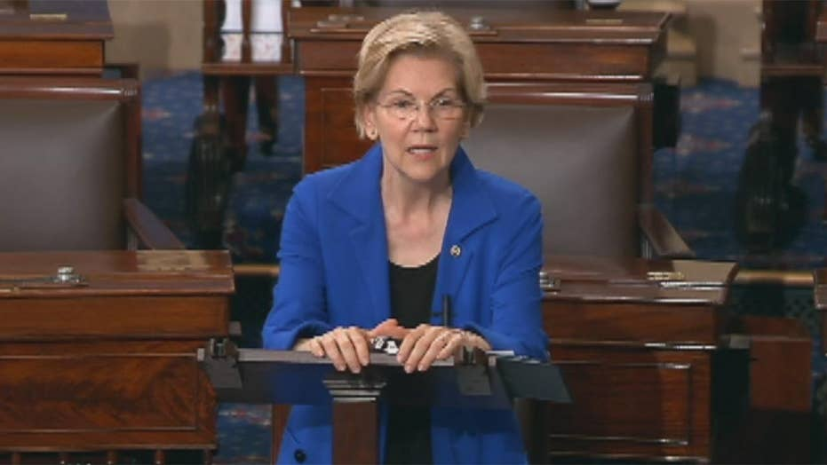Elizabeth Warren reads portion of Mueller report on Senate floor, says anyone other than Trump would be jailed