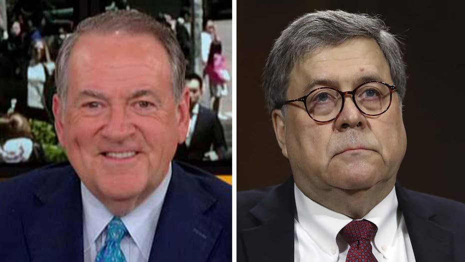 Huckabee on Barr contempt proceedings: Get the cameras out of there