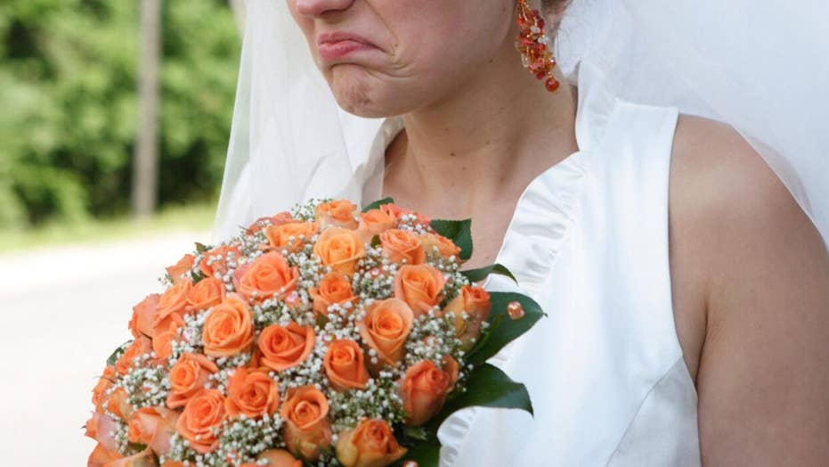 Bride shames wedding guest for bringing '10 Tupperware containers' for leftovers