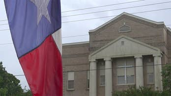 Texas county votes to keep crosses on courthouse