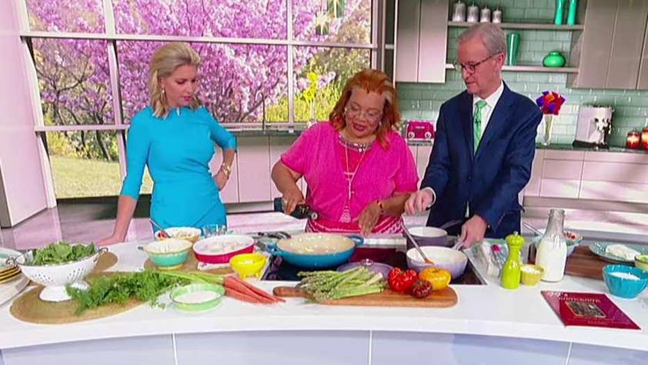 Cooking with 'Friends': Alveda King's scallops and grits
