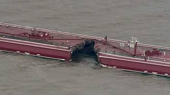 Ships collide, cause massive leak in Houston, Texas