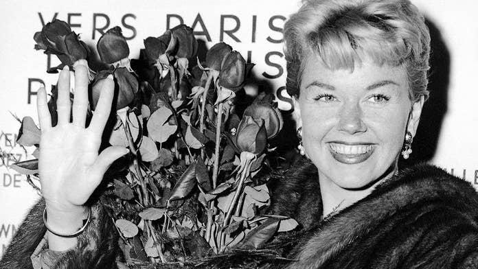 Doris Day, dead at age 97, remembered by celebrities as a 'Hollywood icon' who 'lit up the screen'