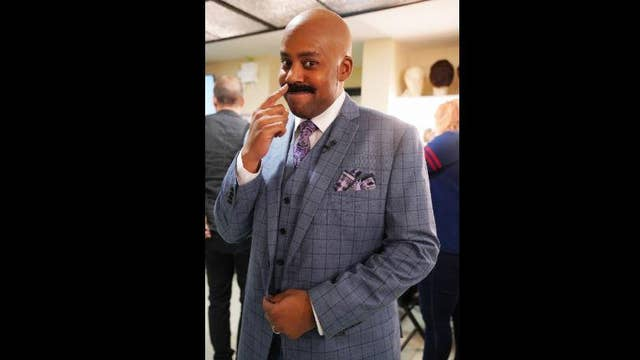 Steve Harvey jokingly warns Kenan Thompson about impression