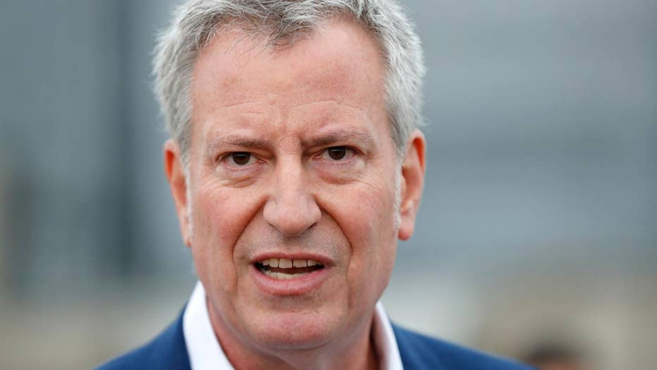 2020 Democratic hopeful Mayor Bill de Blasio makes his first campaign stop in Iowa