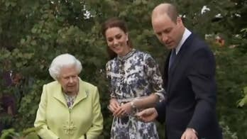 A royal romp in the garden; selfie site to flip for