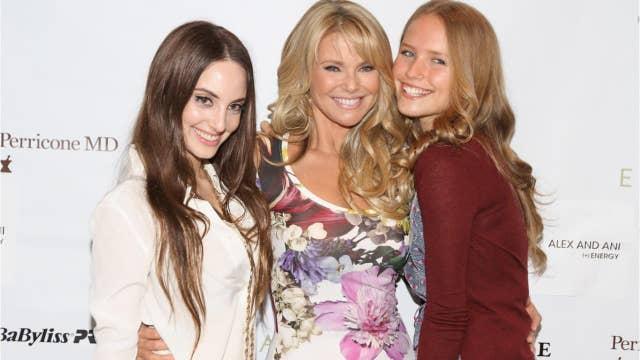 Christie Brinkley's daughters show off bikini snaps online