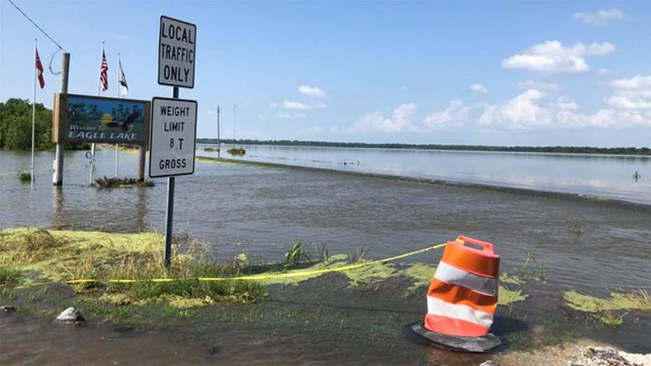 Southern farmers deal with 500,000 acres of flooded land