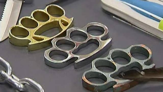 Texas legalizes the carrying of brass knuckles