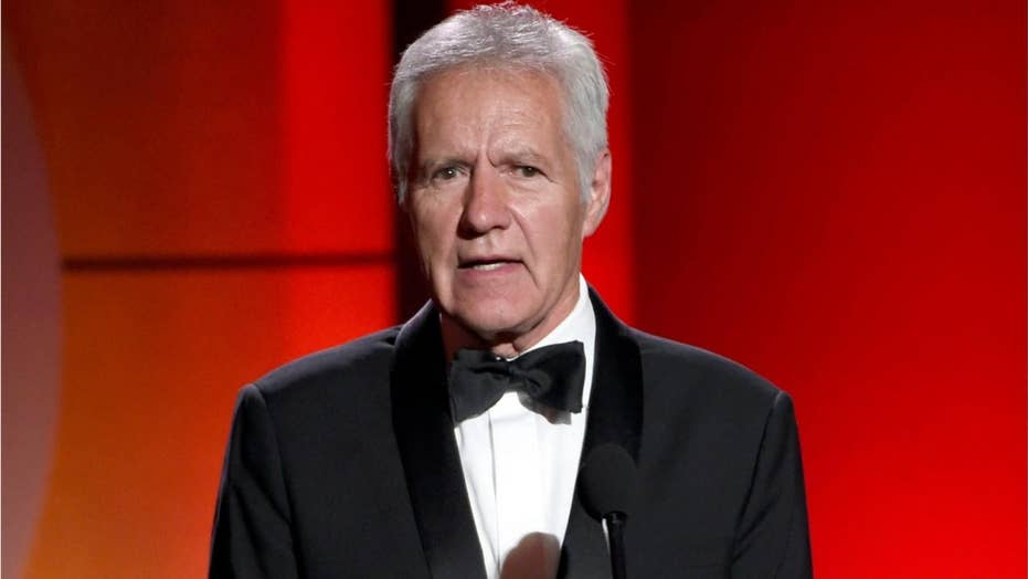 'Jeopardy' host Alex Trebek gives cancer update