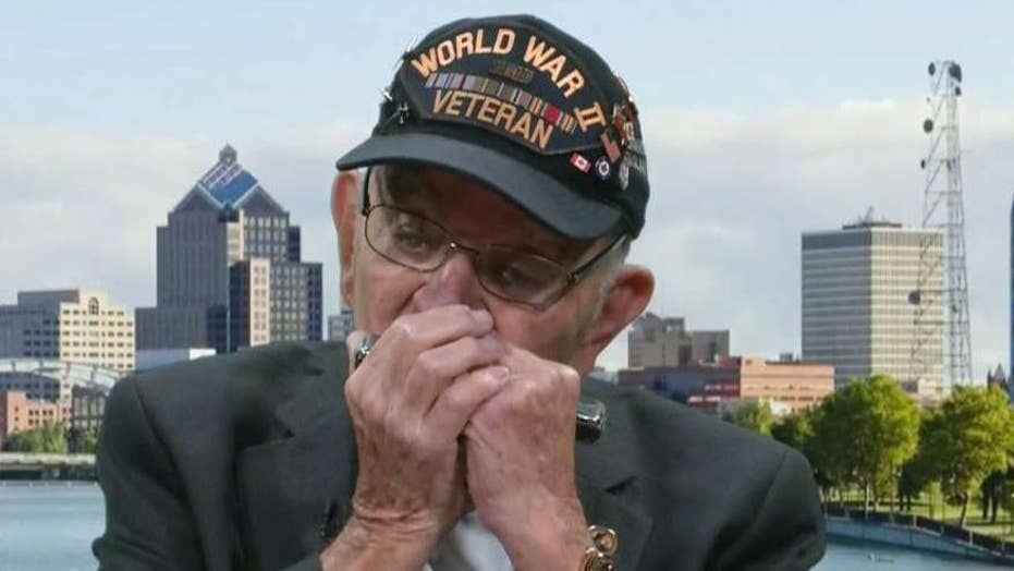 96-year-old WWII veteran plays national anthem on harmonica on 'Fox & Friends'
