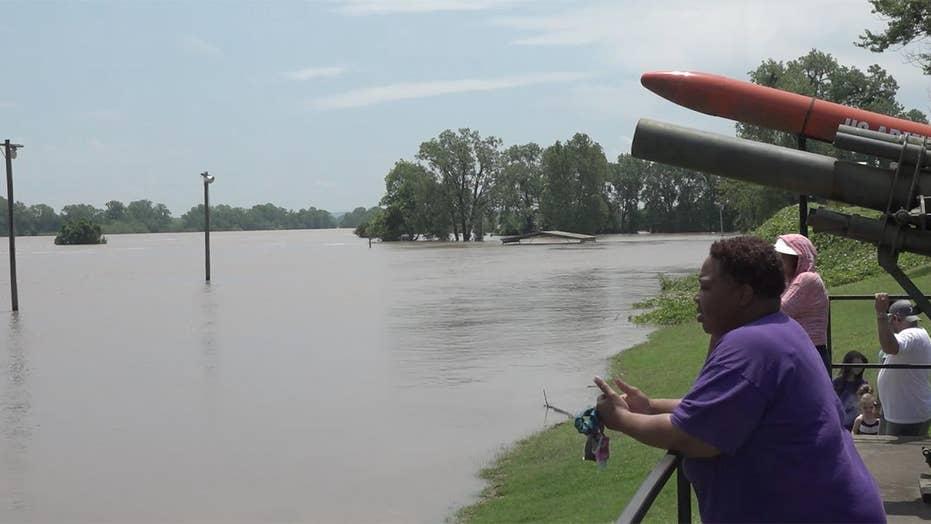 Arkansas River communities preparing for historic flood
