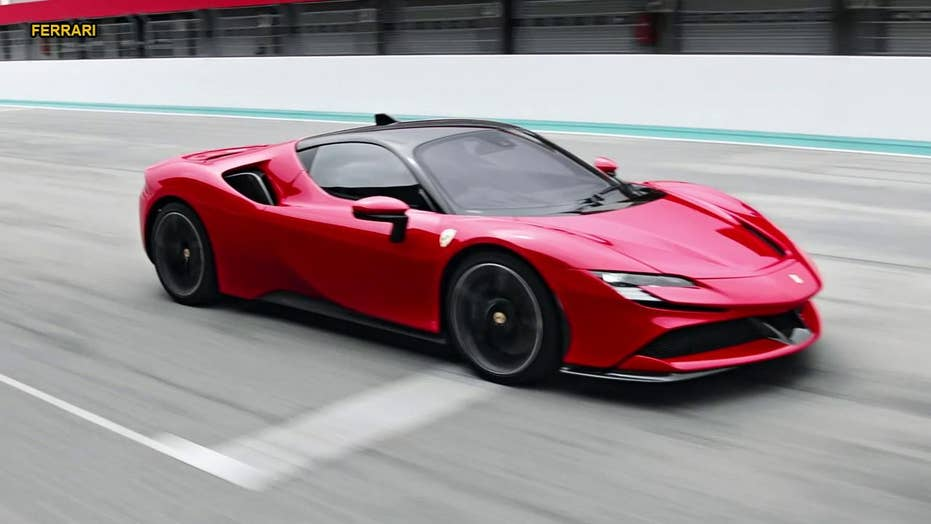 The 986 Hp Ferrari Sf90 Stradale Hybrid Is The Companys -6716