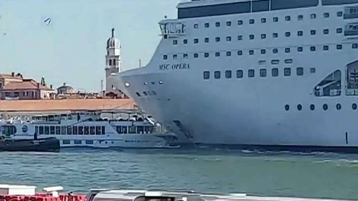 Cruise ship hits boat in Venice, injuries reported