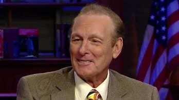 Basketball legend Rick Barry: Keep politics out of sports
