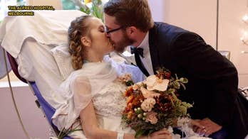 Couple weds in ICU ceremony after bride is diagnosed with stage 4 cancer, heart failure
