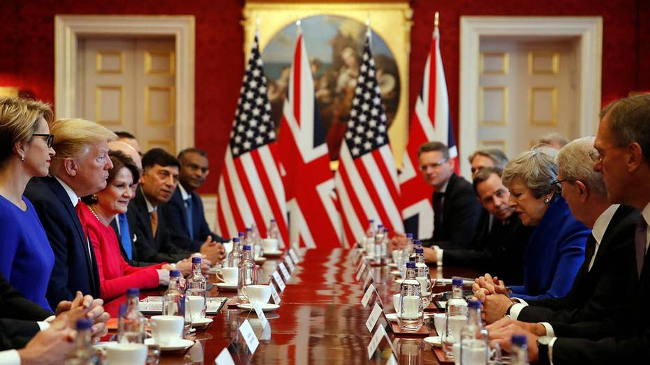President Trump co-hosts business roundtable event with Theresa May