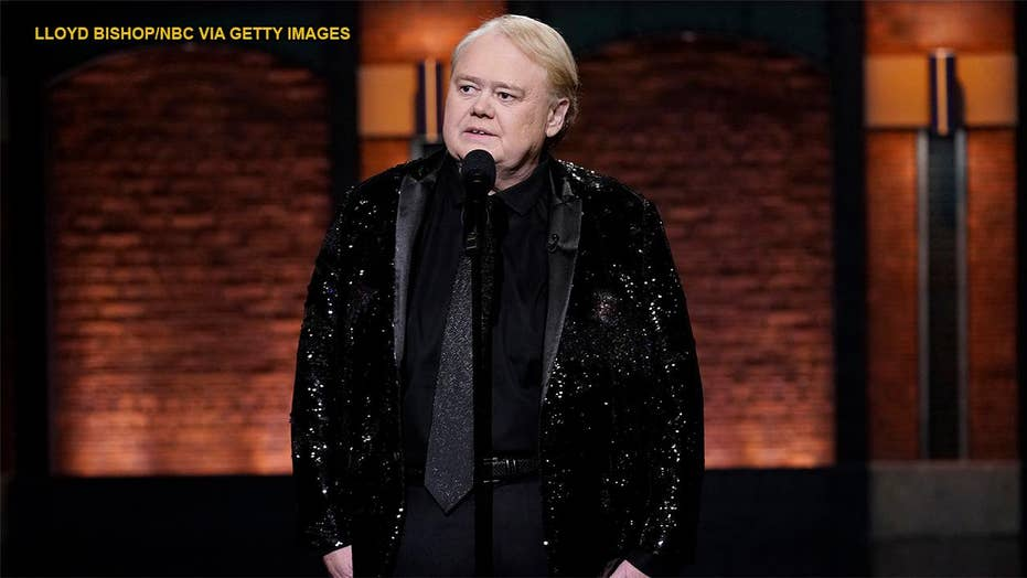 Louie Anderson says 'Baskets' made him closer to late mom: 'I got a little emotional a few times'