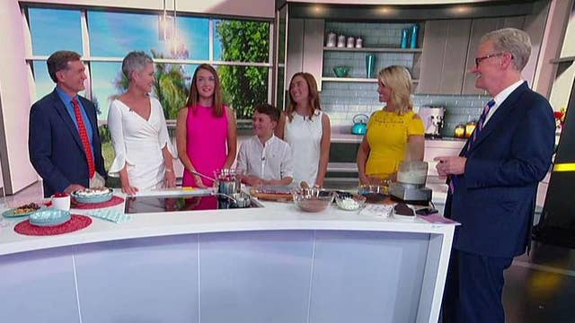 Cooking with 'Friends': Jennifer Griffin's no-bake chocolate pie