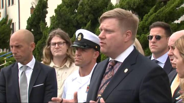 Navy won't drop murder charges against SEAL Eddie Gallagher despite new testimony