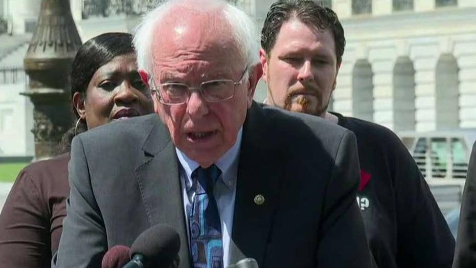 Bernie Sanders announces plan to eliminate student debt