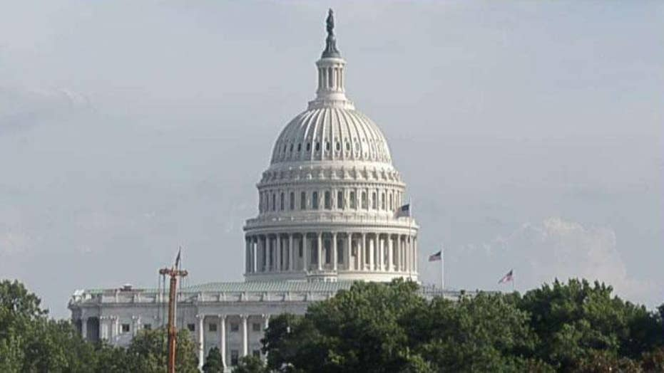 Congressional lawmakers face deadline to pass immigration bill