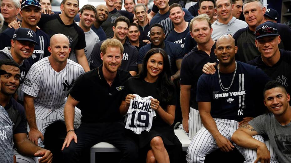 Meghan Markle, Prince Harry meet Yankees and Red Sox at first MLB