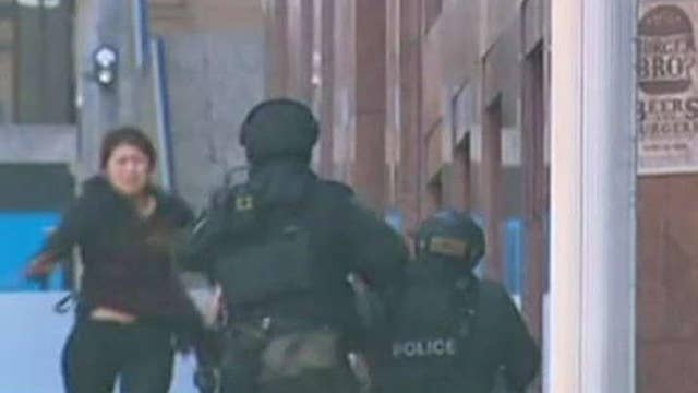 Australian authorities arrest 3 in alleged Sydney terror plot thumbnail