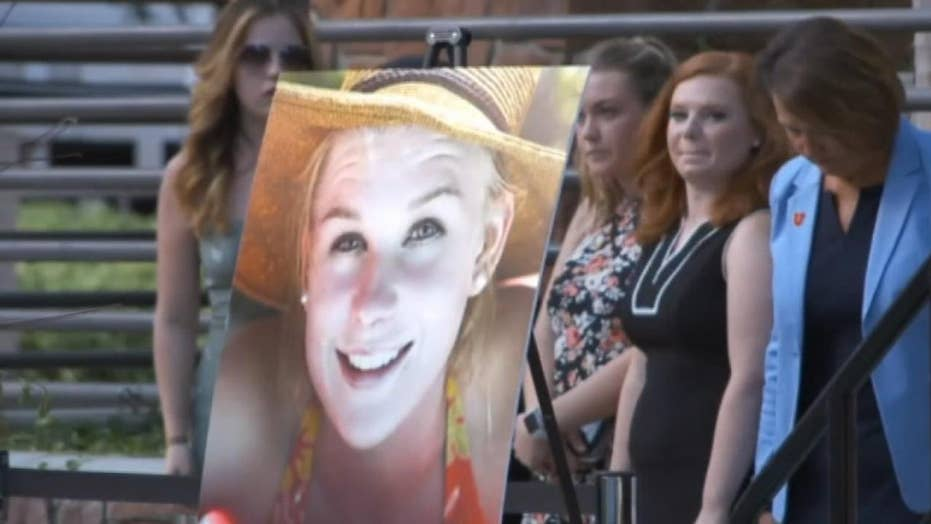 Mourners hold vigil to remember Utah student Mackenzie Lueck