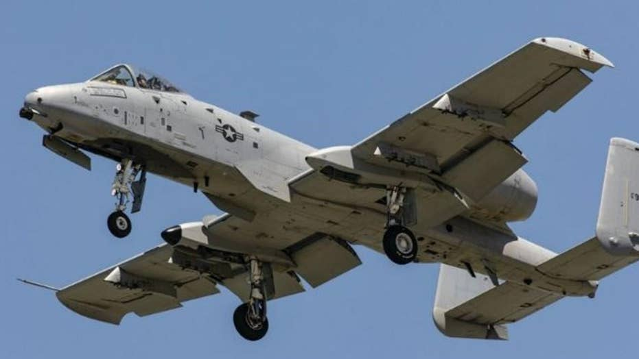 Air Force fighter jet drops dummy bombs over Florida
