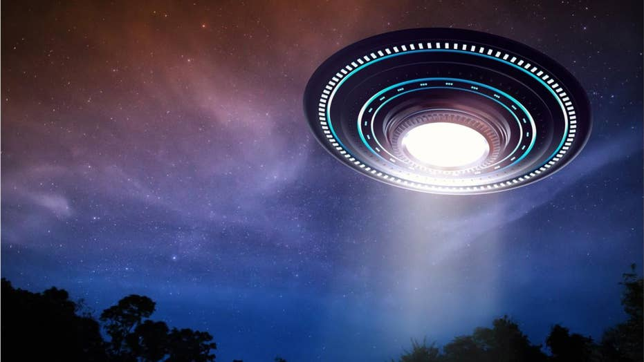 Washington, Montana, Vermont have the most UFO sightings