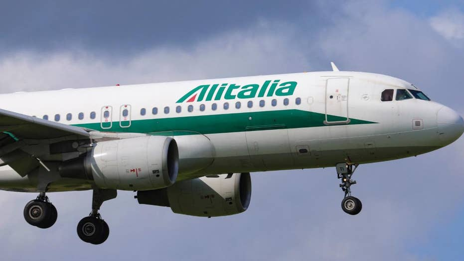 Alitalia Airline sorry for insulting Obama in promotional video using actor in blackface