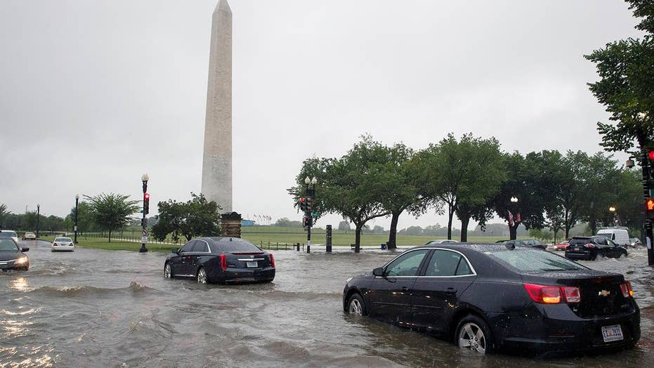 Heavy rains trigger widespread peep flooding in Washington, DC