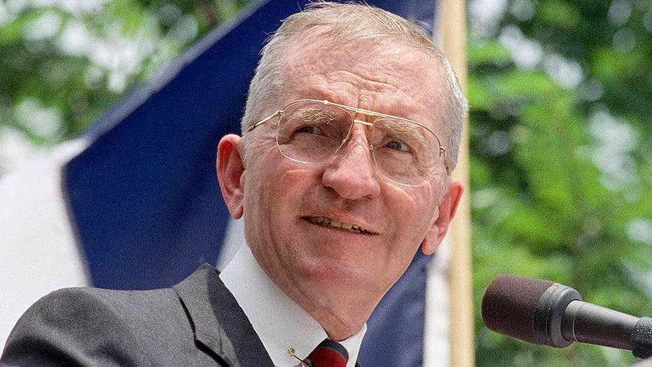 Billionaire and former presidential candidate Ross Perot dead at 89 after cancer battle