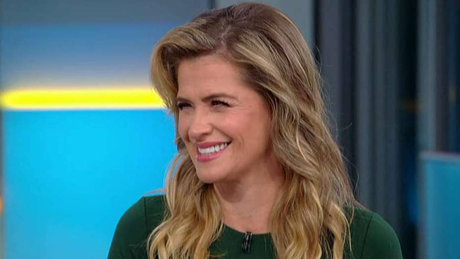 Actress Kristy Swanson says visiting White House should not be political for US women's soccer players
