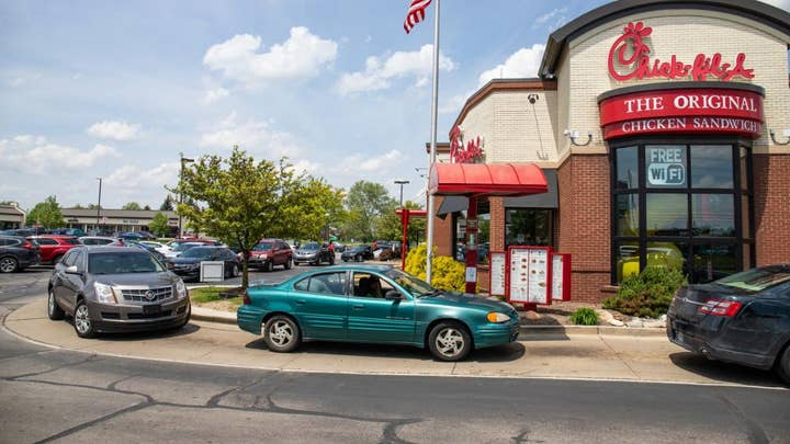 Chick-Fil-A patrons bursting out in song