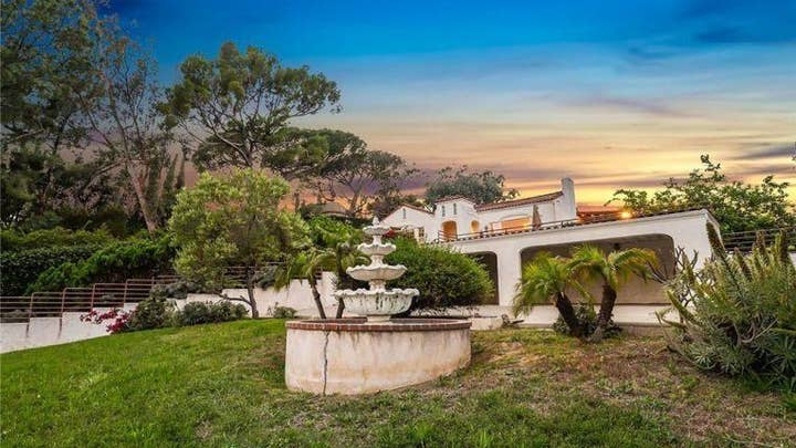 Manson family murder house in Los Angeles up for sale