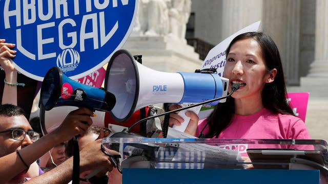 Planned parenthood ousts president following 'secret meeting'