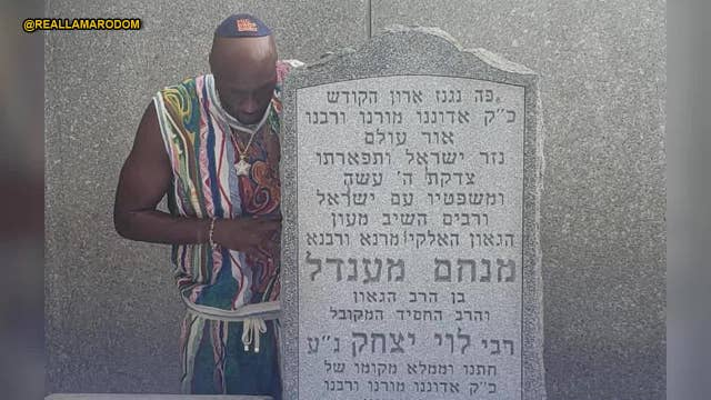 Lamar Odom brings his kids to pray at Lubavitcher Rebbe's grave