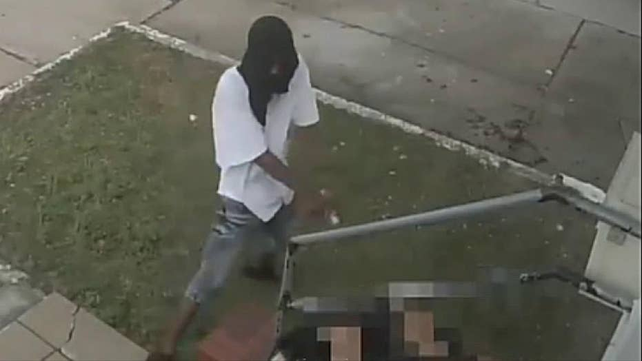Raw video: NYPD searching for suspect who appeared to attempt to shoot a female victim
