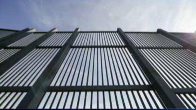 Supreme Court clears way for Trump administration to use Pentagon funds for border wall construction